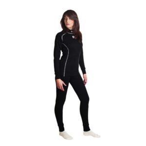 tricot-et-pantalon-noir
